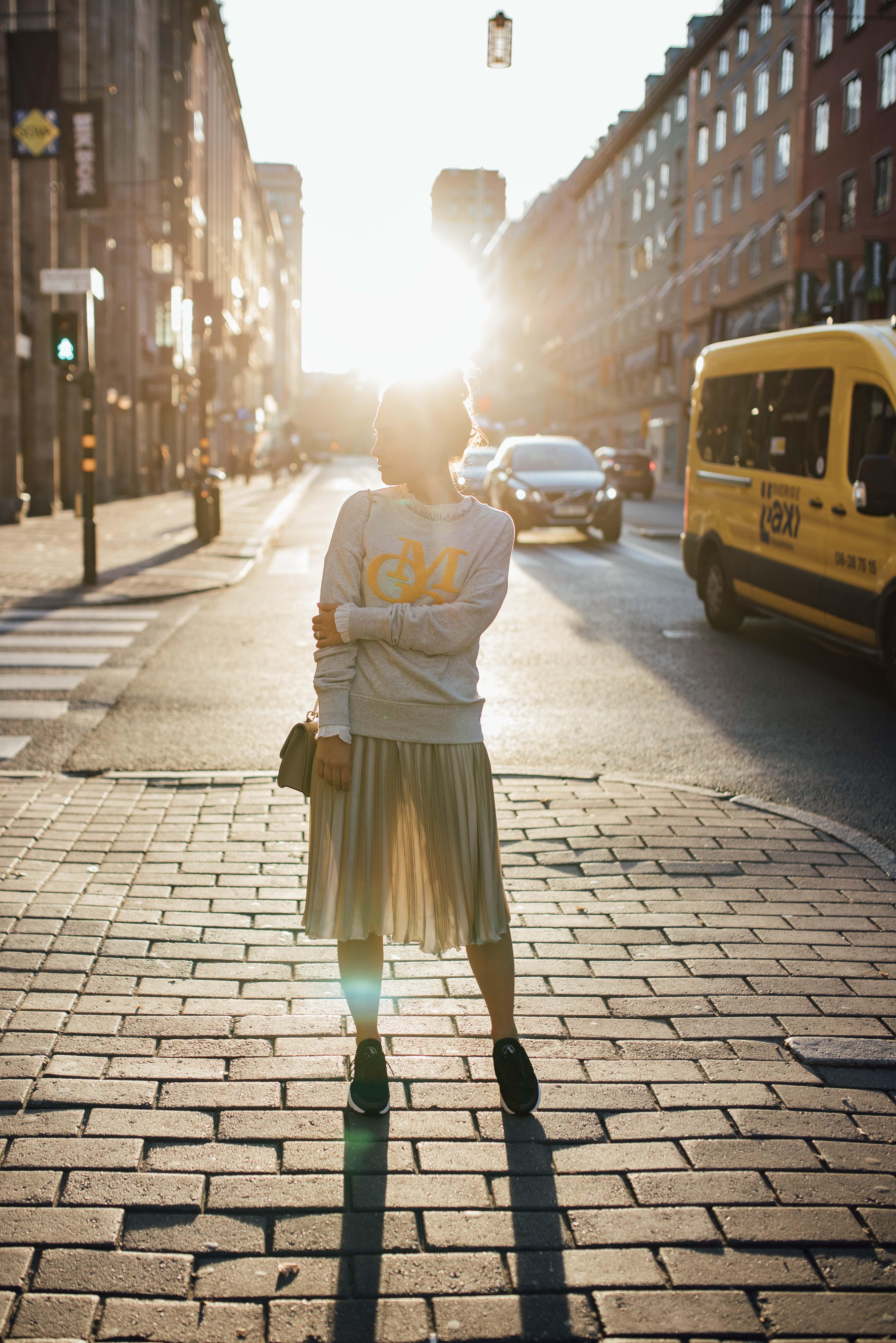 160926_yrml_mop_sweater_web-8