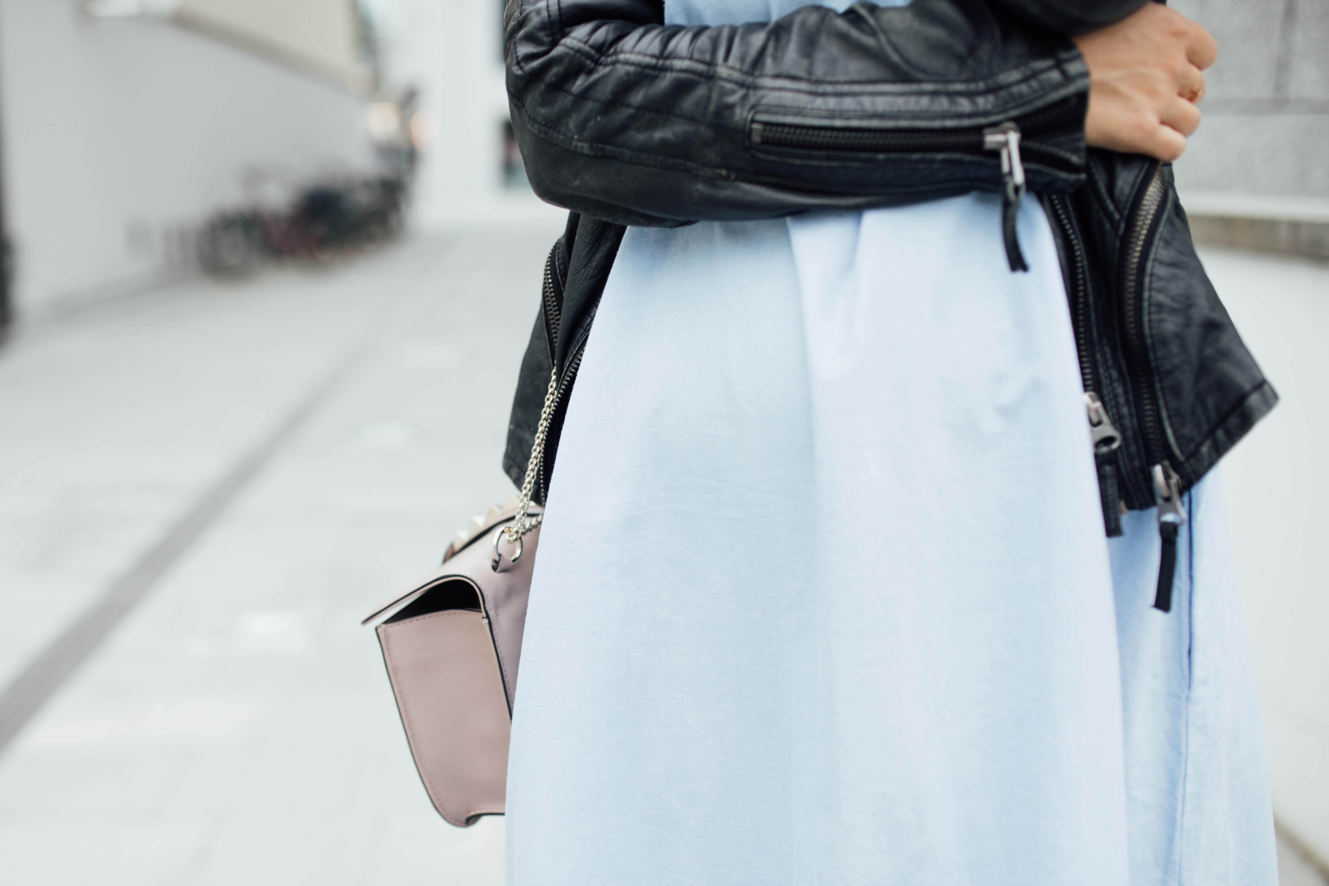 160919_yrml_blue_dress_web-23