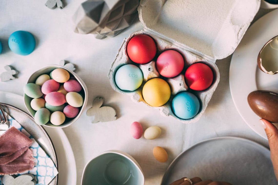 RECIPE: Homemade Mousse Au Chocolate Eggs & Easter Deco with EOS | www.yourockmylife.com
