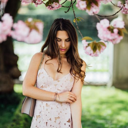 SPLURGE OR STEAL: The perfect wedding guest dress | www.yourockmylife.com
