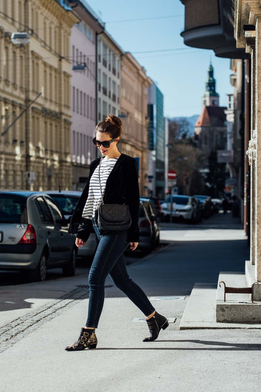 Outfit: How to be Parisian - Stripes, Chanel, Chloé   www.yourockmylife.com