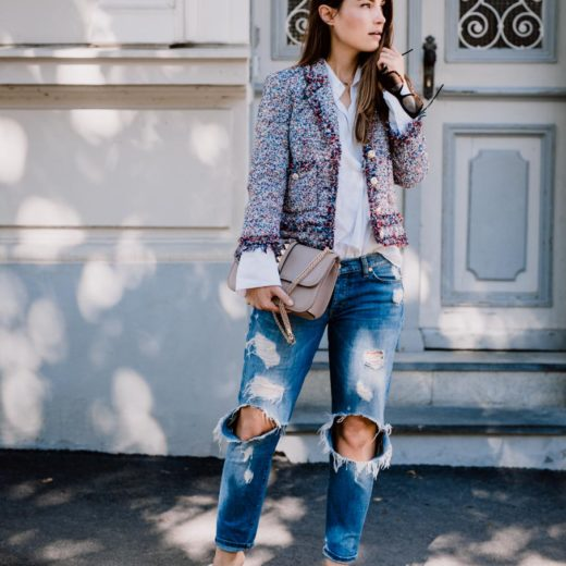 Outfit: What would Carrie do? | Zara Boho Slides, Ripped Jeans, Linen Shirt, Valentino Lock Bag, Chanel Like Jacket | You Rock My Life