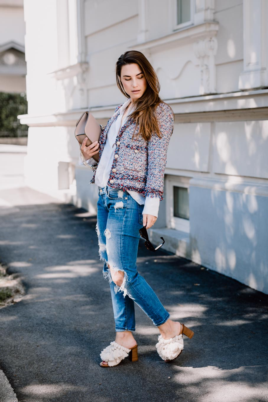 efb2bea894 Outfit  What would Carrie do  - Zara Boho Mules