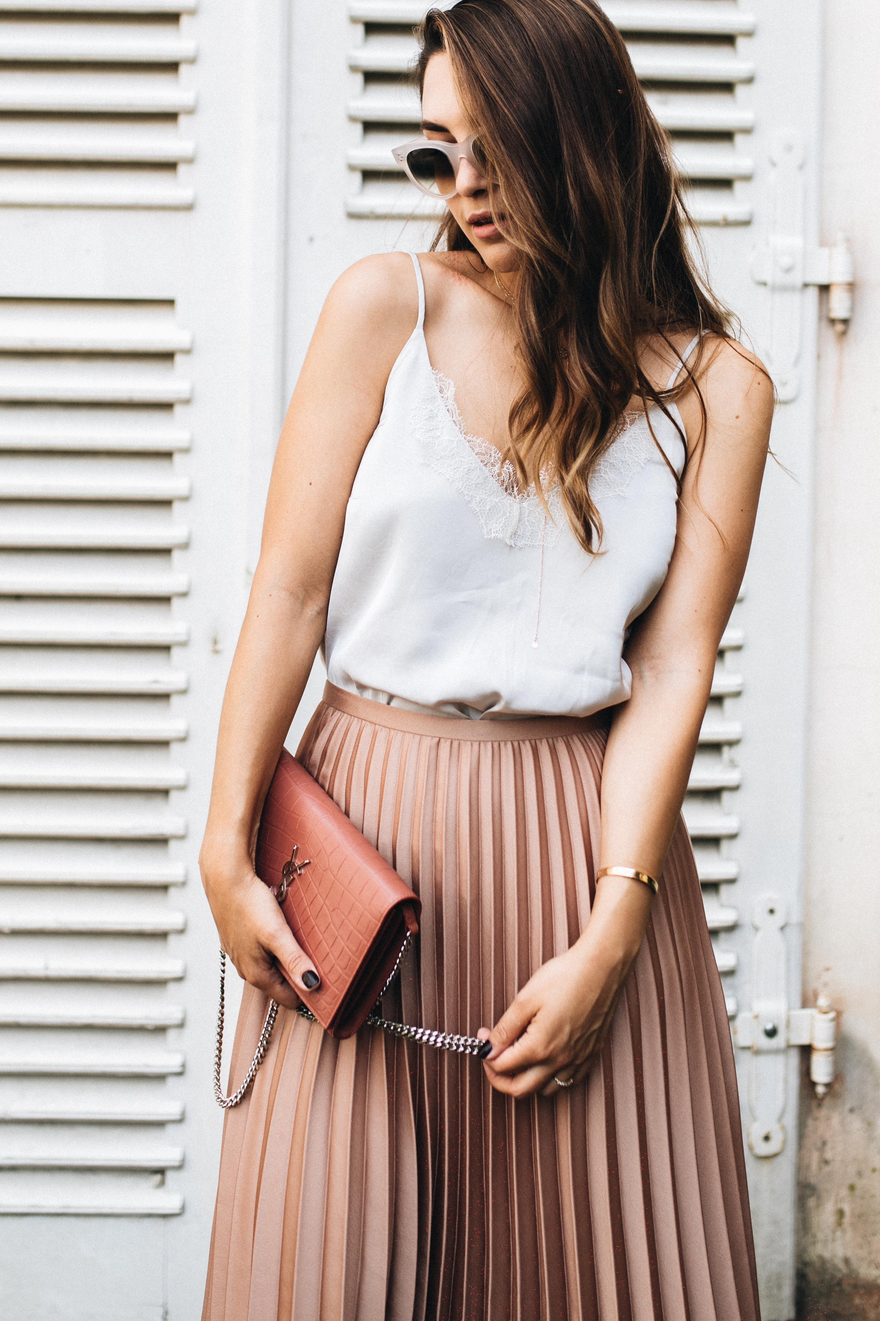 Outfit: How to wear plissé skirts during the day | YSL chain wallet, Hallhuber plissé skirt, Steve Madden espadrilles, Marc O'Polo silk camisole | you rock my life