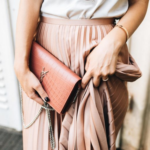 Outfit: How to wear pleated skirts during the day | Saint Laurent chain wallet, Hallhuber pleated skirt, Steve Madden espadrilles, Marc O'Polo silk camisole | you rock my life