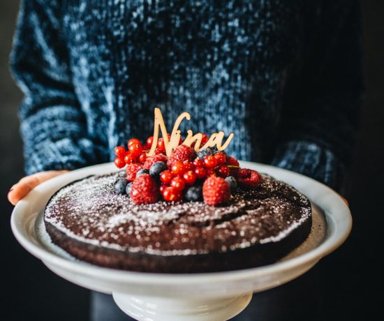 Recipe: Vegan Chocolate Cake | Teekanne Fresh - You Rock My Life