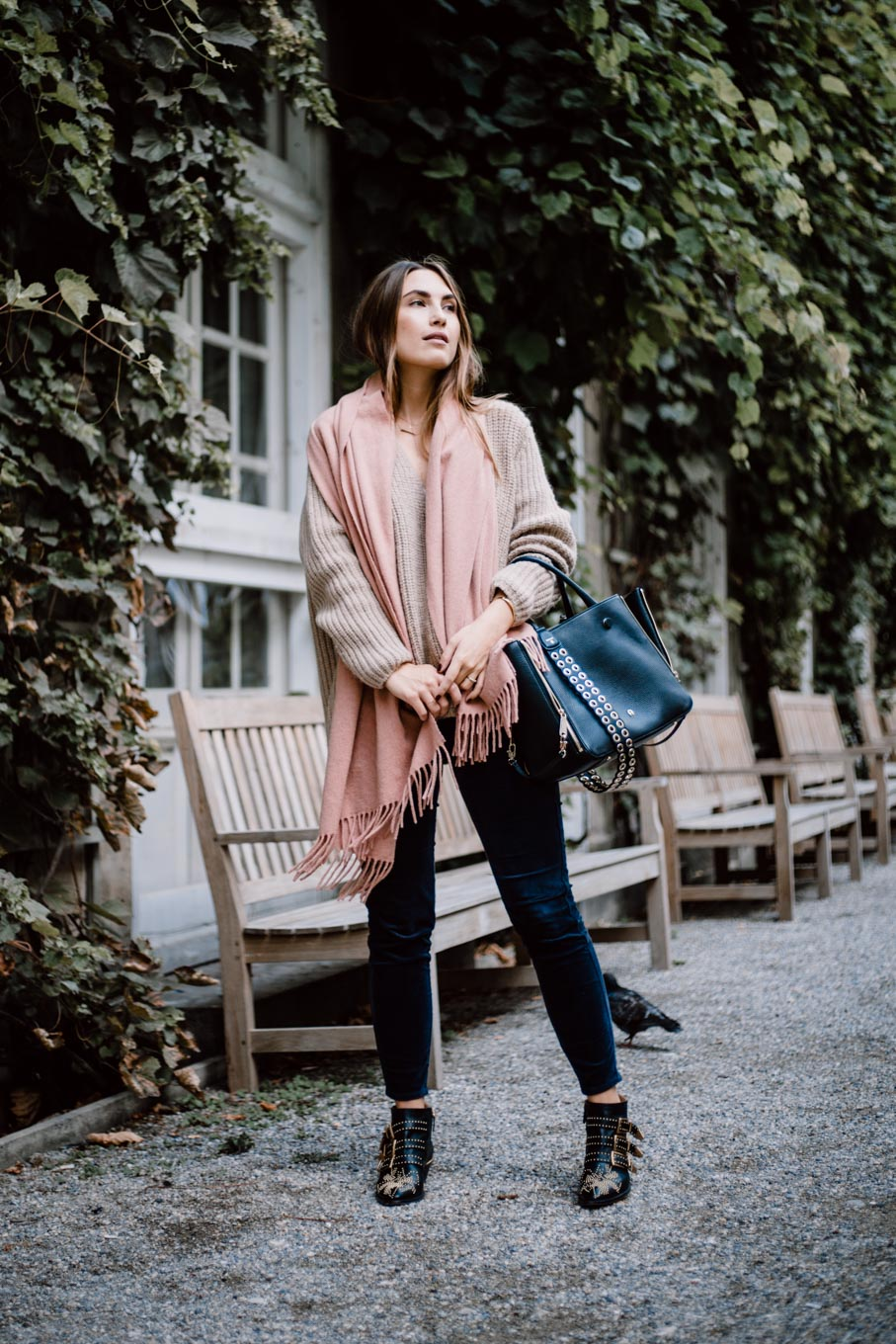 Outfit: Westwing Pop Up Store Munich | Closed Jeans, Closes Pullover, Chloé Boots, Aigner Lea Bag | You Rock My Life | ninawro