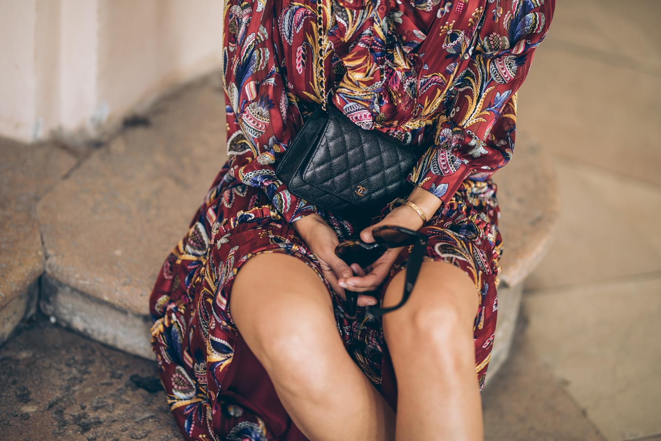 Outfit: &other Stories dress, Högl boots, Chanel Wallet on Chain | you rock my life