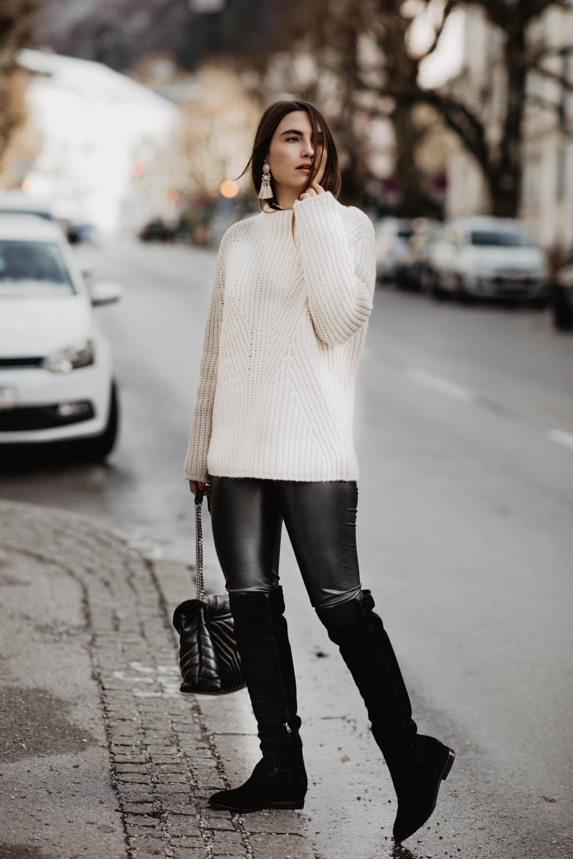 Outfit: Ash Overknee Boots, Artitzia Daria Leather Pants, Closed Alpaka Pullover, Saint Laurent Loulou bag | you rock my life