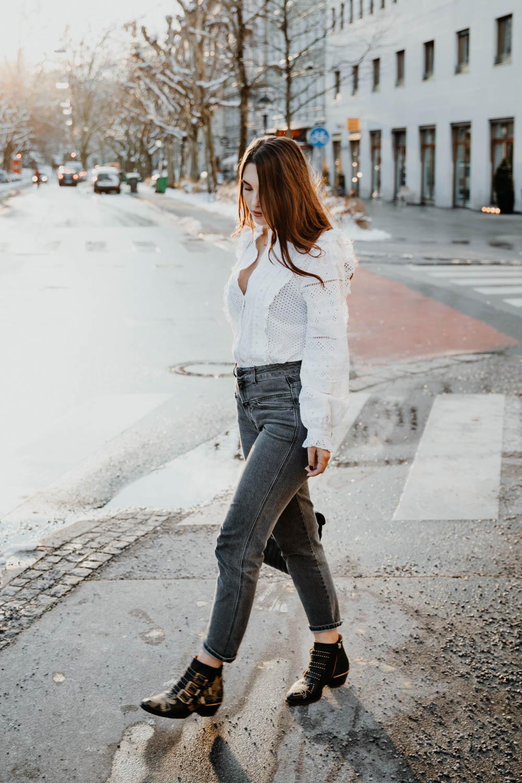 OUTFIT: Chloé Susanna Boots, Saint Laurent Lou Lou Bag, Closed Pedal Pusher Jeans. Sandro Coat | Lent | you rock my life