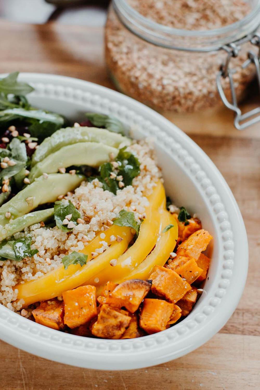 Tasty & Healthy: Quinoa Rainbow Lunch Bowl   you rock my life