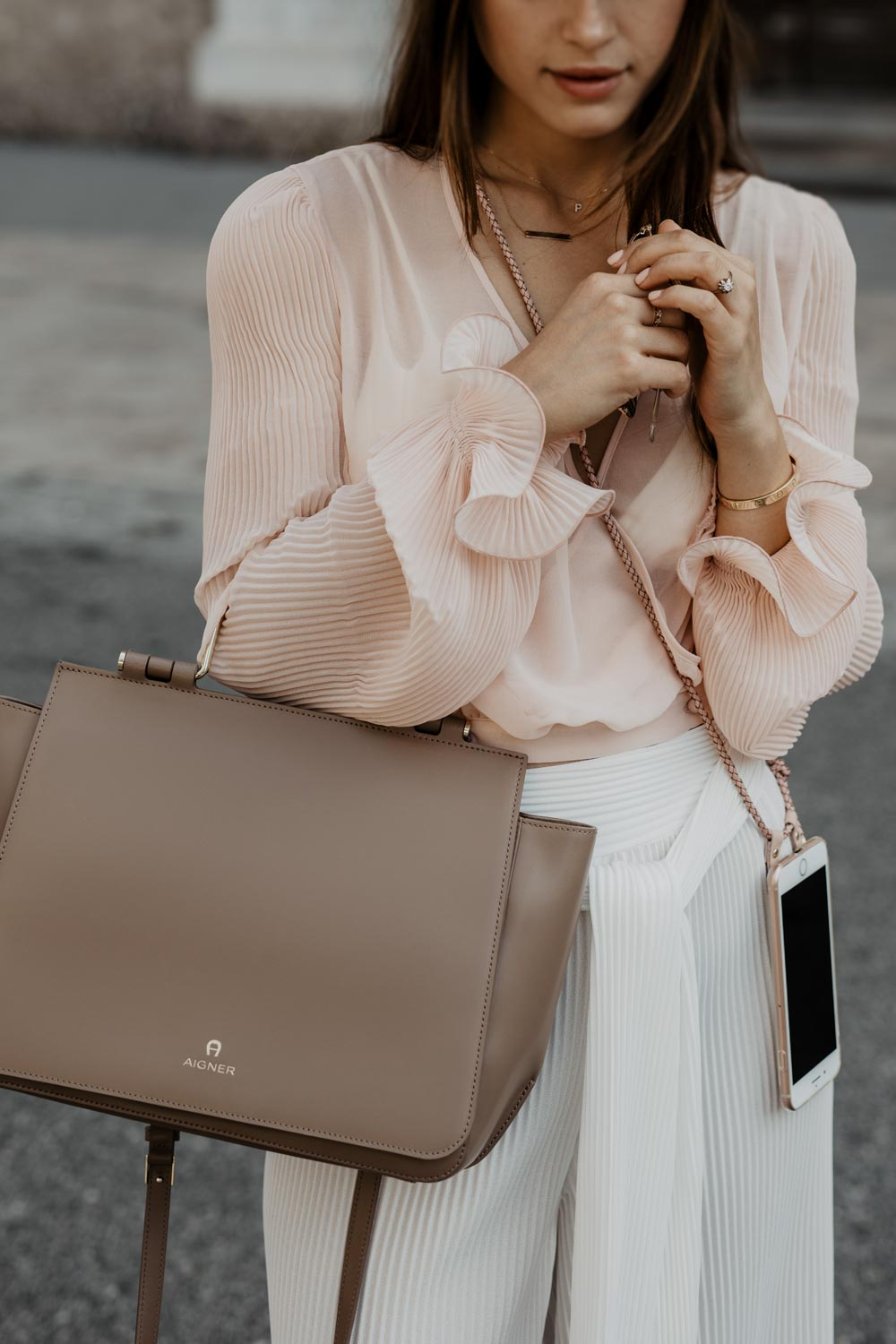 Outfit: Blush Pink - Esthé Clothing & Aigner Lexi Bag | You Rock My Life