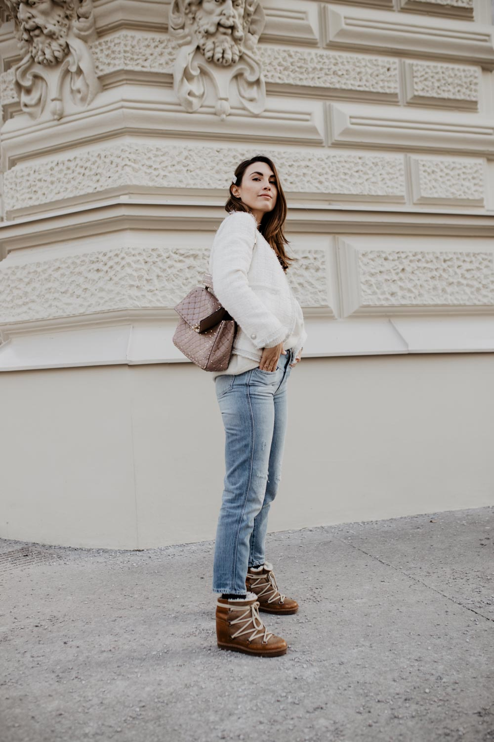 Outfit: Valentino Rockstud Spike Bag, Isabel Marant Nowles Boots, Closed Jeans, Tweed Blazer   you rock my life