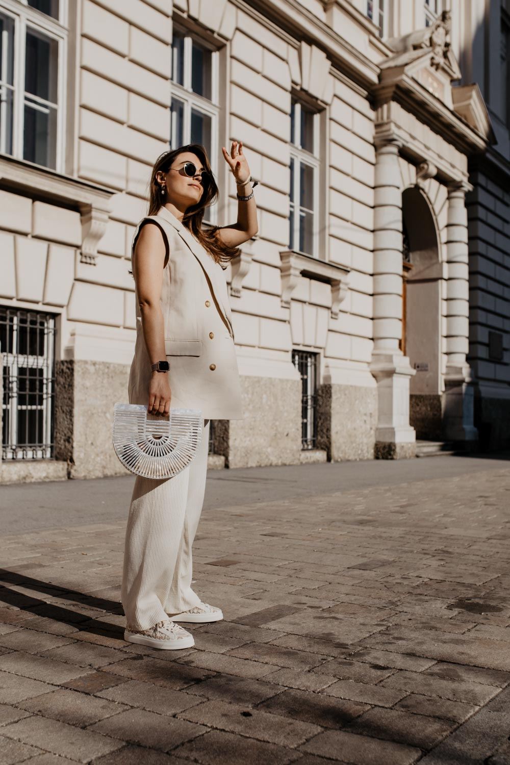 How To Wear: Sleeveless Blazer | You Rock My Life
